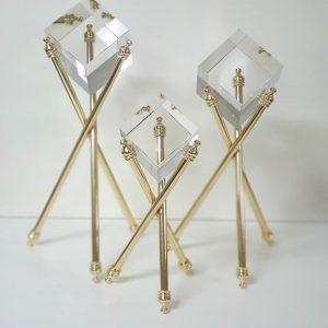 Üçlü Obje Kristal Metal Ayak