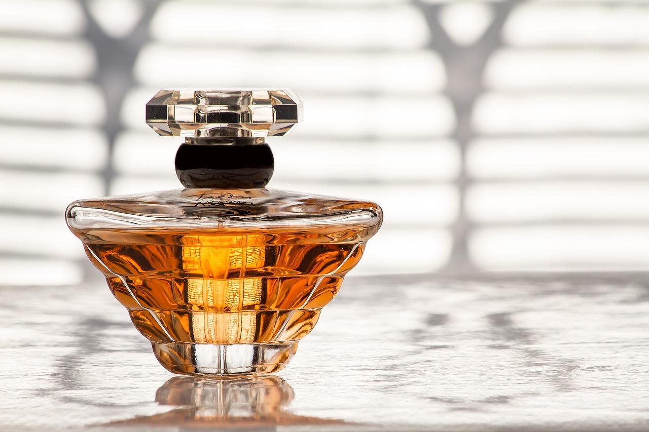 Dekoratif Parfüm Şişesi